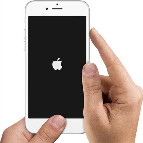 iPhone 6S – SE Bloccato su schermata nera con la mela, colpa di facebook